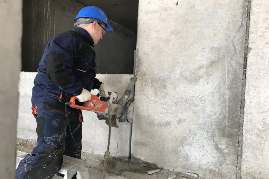 Алмазная резка бетона в Санкт-Петербурге