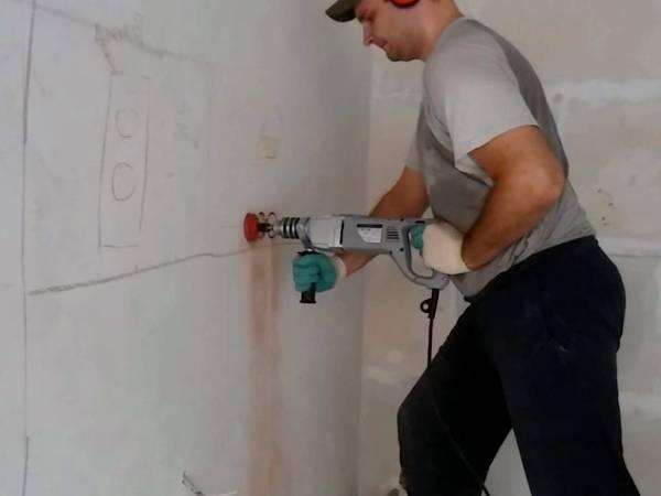 Штробление бетонных стен в Санкт-Петербурге